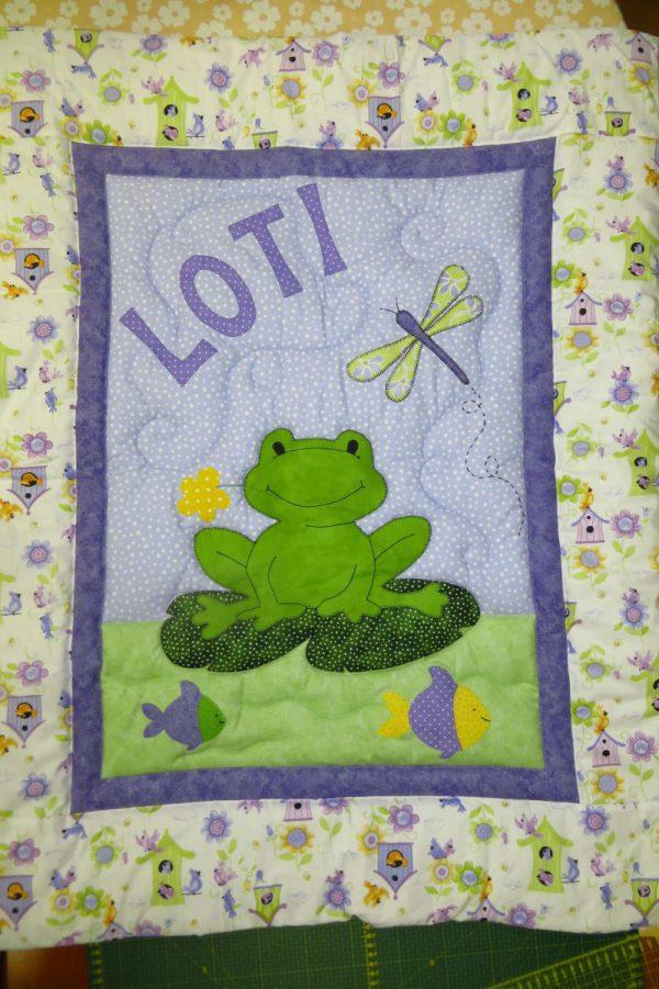 otroška prešita odeja žaba